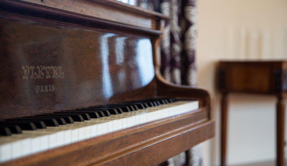 Le piano Pleyel, une invitation à la fête !